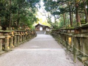 春日大社への参道の画像
