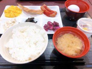 朝食バイキングの画像
