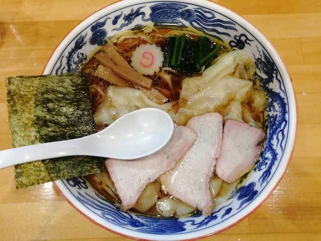 ワンタン麺の画像
